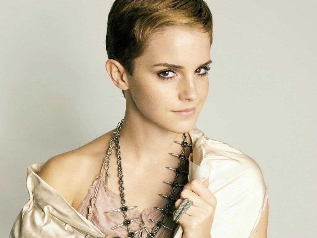 Emma Watson Beauty Wallpaper | Download wallpapers page Emma Watson Beauty